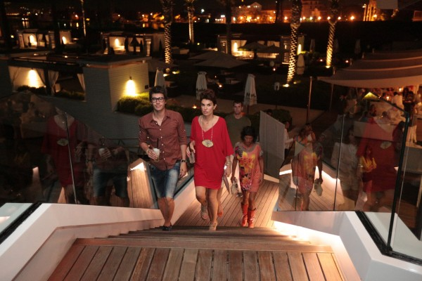 QUINTESSENTIALLY PARTI U PURO BEACH-U